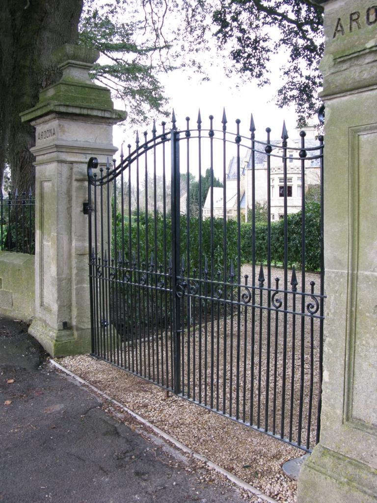Automated gates ironart of bath