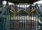 Brian Russell's beautiful gate installed in situ