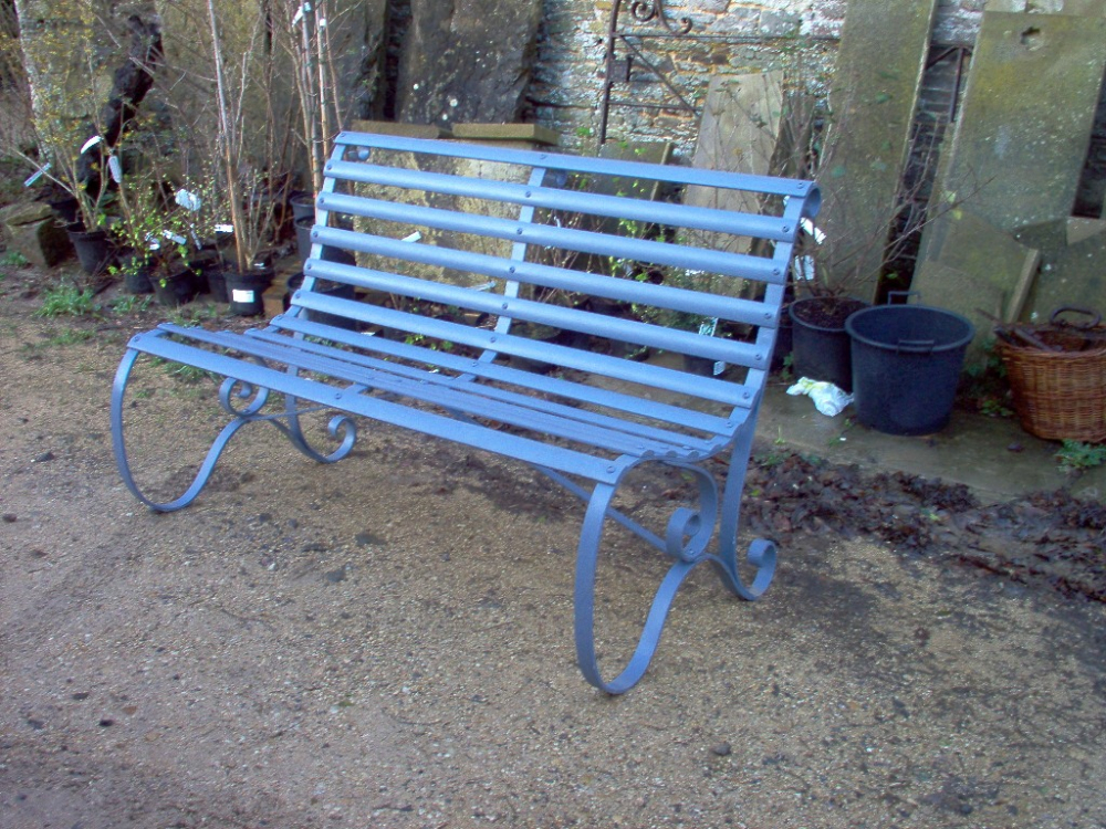 Merveilleux Restoration Of A Victorian Slatted Garden Bench
