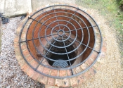 Bespoke large scale concentric ring well cover