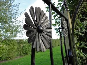 Daisy Gate - Salisbury (3)