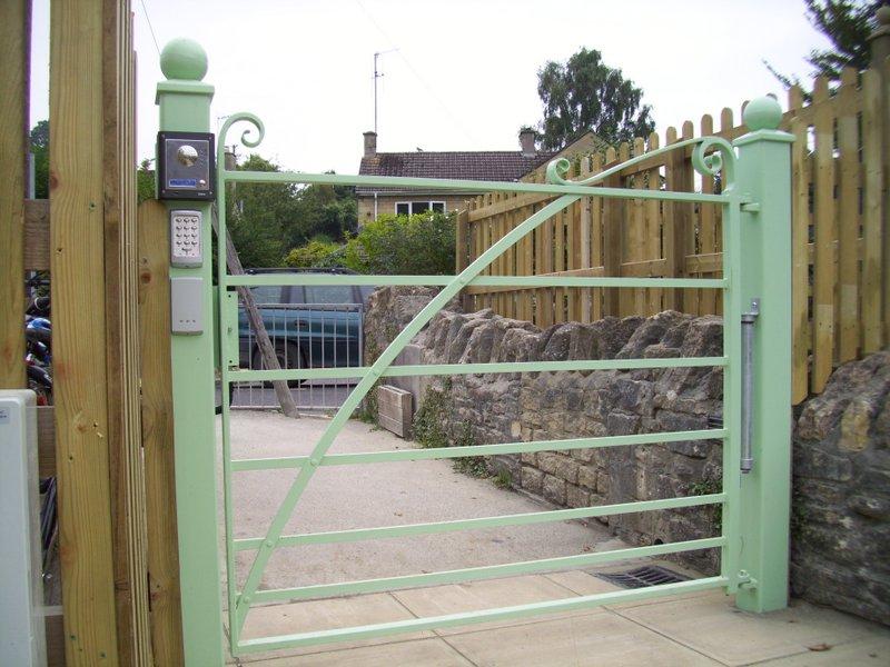 Freshford School gate 2