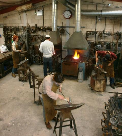 Blacksmithing workshops at Ironart of Bat
