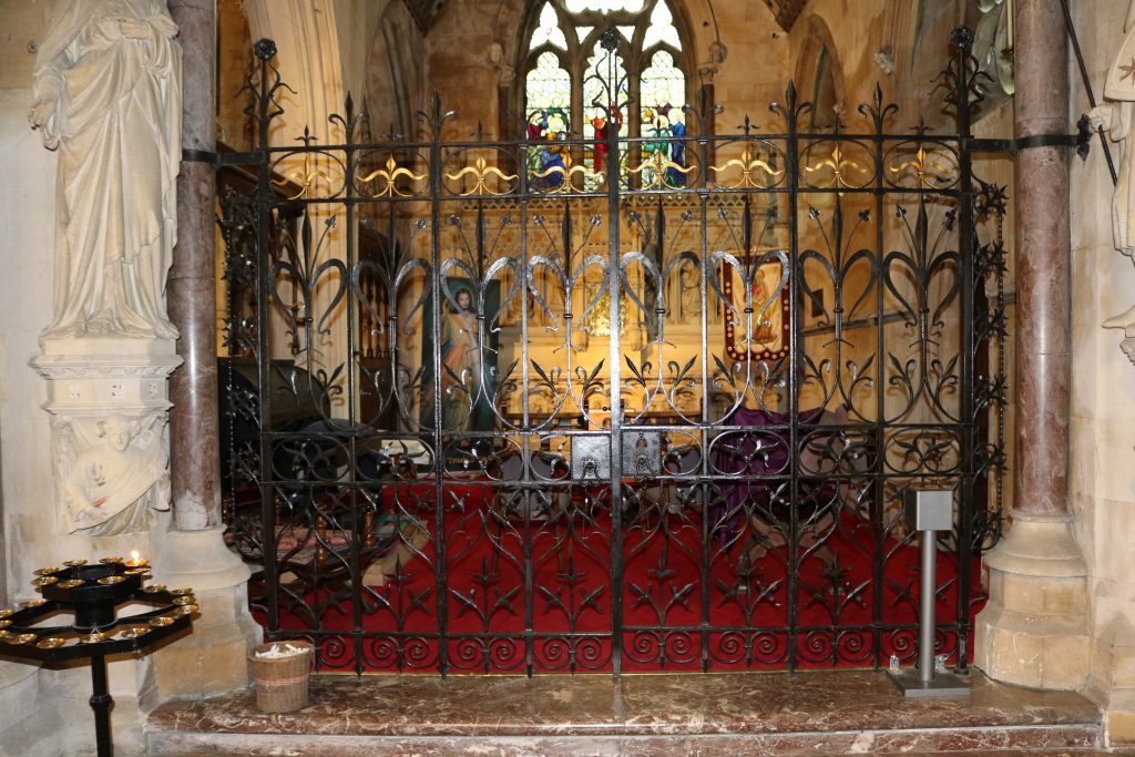 Side Gates  in situ at St Johns in Bath