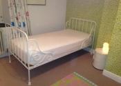 Decorative wrought iron single bed